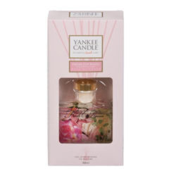 Fresh Cut Roses - Signature Reeds 88ml